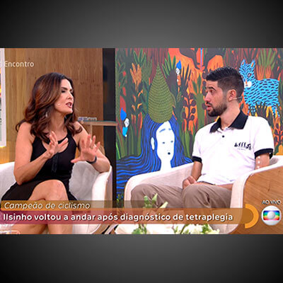 Foto do José Ilson dando entrevista no programa Encontro da Fátima Bernanrdes