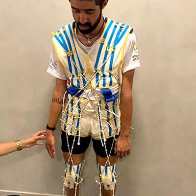 Foto do José Ilson com equipado para realizar o tratamento